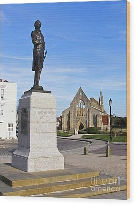 Admiral Lord Nelson And Royal Garrison Church Wood Print by Terri Waters