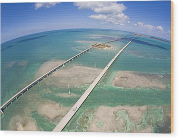 Aerial Of Seven Mile Bridge At Extreme Wood Print by Mike Theiss