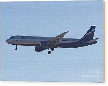 Wood Print featuring the photograph Aeroflot - Russian Airlines Airbus A321-211 - Vq-bhk by Amos Dor