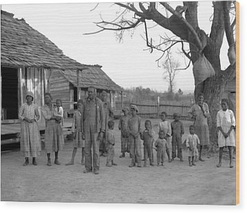 African American Descendants Of Former Wood Print by Everett