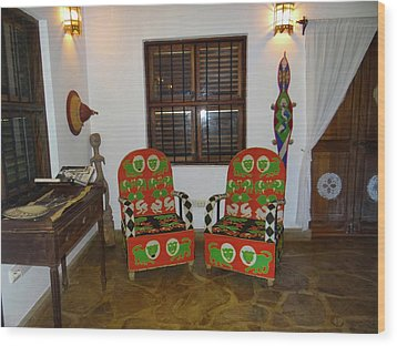 African Interior Design 5 Beaded Chairs Wood Print