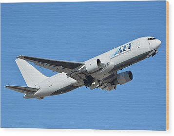 Air Transport International Boeing 767-232 N763cx Phoenix Sky Harbor January 19 2016  Wood Print by Brian Lockett