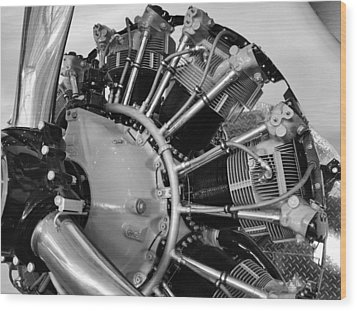 Aircraft Engine Wood Print by Ludwig Keck