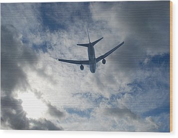 Wood Print featuring the photograph Airliner 01 by Mark Alan Perry
