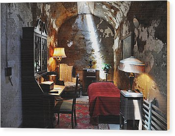 Al Capone's Cell - Eastern State Penitentiary Wood Print by Bill Cannon