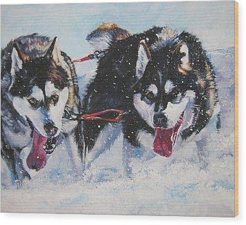 Alaskan Malamute Strong And Steady Wood Print by Lee Ann Shepard