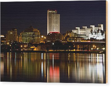 Albany On The Hudson Wood Print by Don Nieman