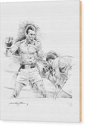 Ali And Frazier Wood Print by David Lloyd Glover