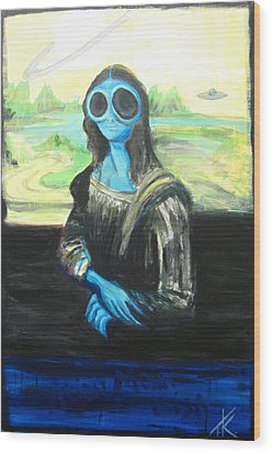 alien Mona Lisa Wood Print by Similar Alien