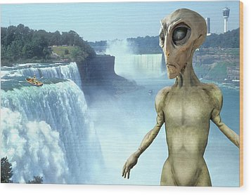 Alien Vacation - Niagara Falls Wood Print by Mike McGlothlen