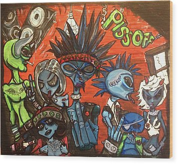 Aliens With Nefarious Intent Wood Print by Similar Alien