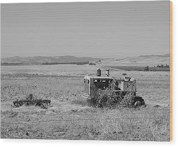 Allis-chalmers Tractor Wood Print by Troy Montemayor
