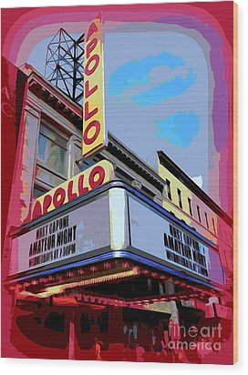 Amateur Night At The Apollo Wood Print by Ed Weidman