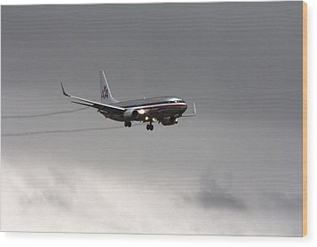 American Airlines-landing At Dfw Airport Wood Print by Douglas Barnard