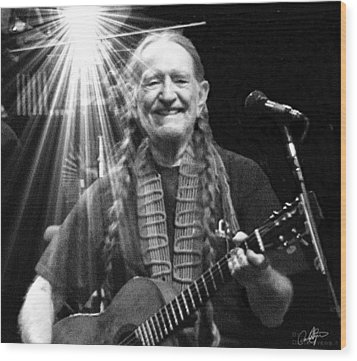 American Icon - Willie Nelson Wood Print by David Syers