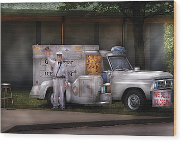 Americana -  We Sell Ice Cream Wood Print by Mike Savad