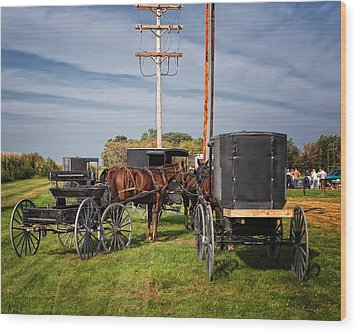 Amish At The Auction Wood Print by Al  Mueller