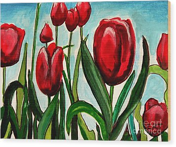 Among The Tulips Wood Print by Elizabeth Robinette Tyndall