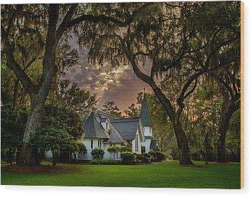Amongst Mighty Oaks Wood Print