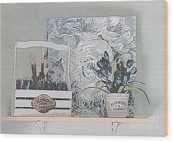 An Artist's Shelf Wood Print