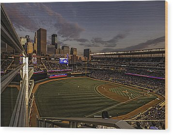 An Evening At Target Field Wood Print by Tom Gort