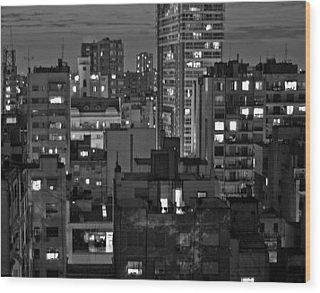An Evening In Buenos Aires Wood Print