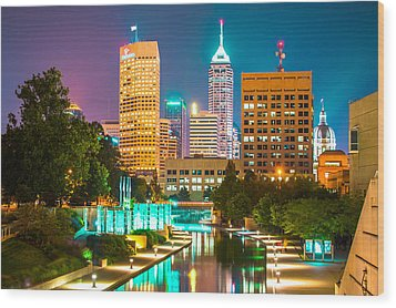 An Evening In Indianapolis Wood Print by Gregory Ballos