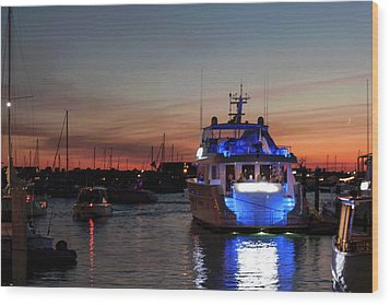 Wood Print featuring the photograph An Evening In Newport Rhode Island Iv by Suzanne Gaff