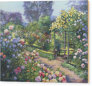 An Evening Rose Garden Wood Print by David Lloyd Glover