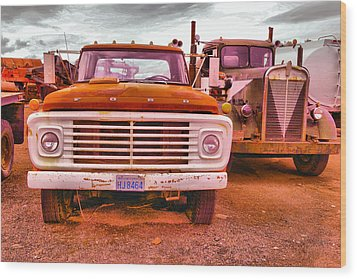 Wood Print featuring the photograph An Old Ford And Kenworth by Jeff Swan