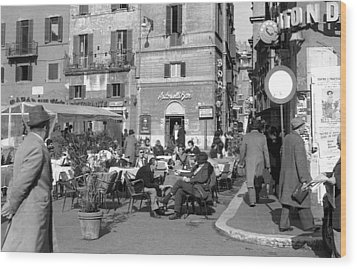 An Ordinary Day In Trastevere Wood Print