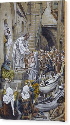 And All The City Was Gathered Together At The Door Wood Print by Tissot