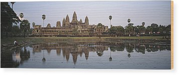 Angkor Wat, A Buddhist Temple Wood Print by Justin Guariglia