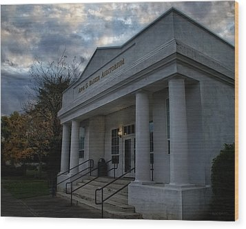 Anne G Basker Auditorium In Grants Pass Wood Print