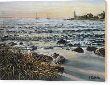 Annisquam Beach And Lighthouse Wood Print