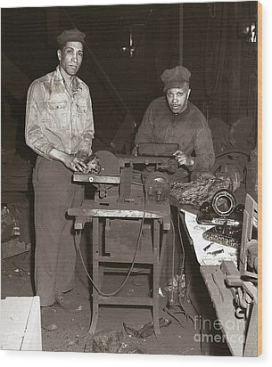 Anthracite Coal Artist  Charles Edgar Patience On Right  1906-1972 In Studio 1953    Wood Print