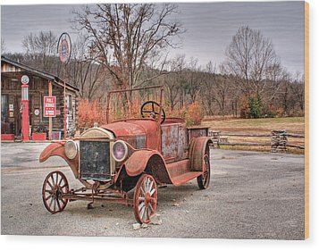 Antique Car And Filling Station 1 Wood Print by Douglas Barnett