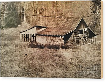 Antique Log Beam Barn Southern Indiana Wood Print by Scott D Van Osdol
