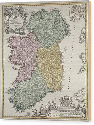 Antique Map Of Ireland Showing The Provinces Wood Print by Johann Baptist Homann