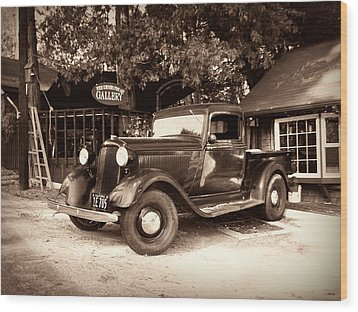 Antique Road Warrior - 1935 Dodge Wood Print by Glenn McCarthy Art and Photography