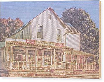 Antique Store, Colonial Beach Virginia Wood Print