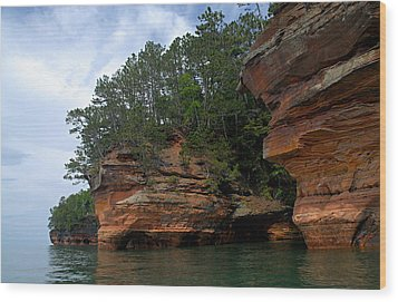 Apostle Islands National Lakeshore Wood Print by Larry Ricker