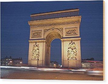 Arc De Triomphe, Paris, France Wood Print by David Min