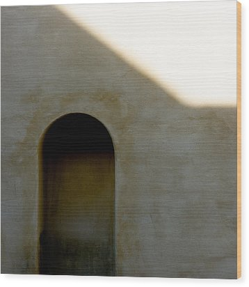 Arch In Shadow Wood Print by Dave Bowman