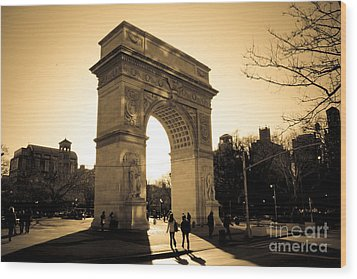 Arch Of Washington Wood Print