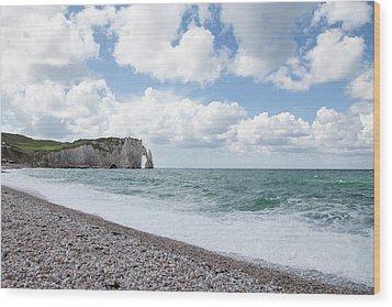 Arch At Etretat Beach, Normandie Wood Print