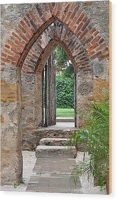 Arches To Heaven Wood Print