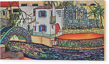 Arneson Theatre In Blues Wood Print by Patti Schermerhorn