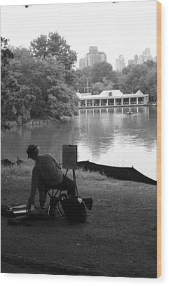 Artist Painting In Central Park Wood Print by Christopher Kirby