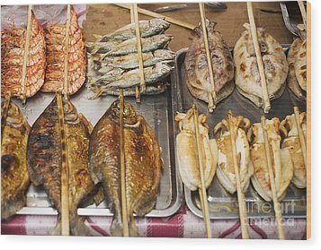 Asian Grilled Barbecued Seafood In Kep Market Cambodia Wood Print
